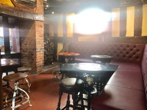 Inside the Kings Arms